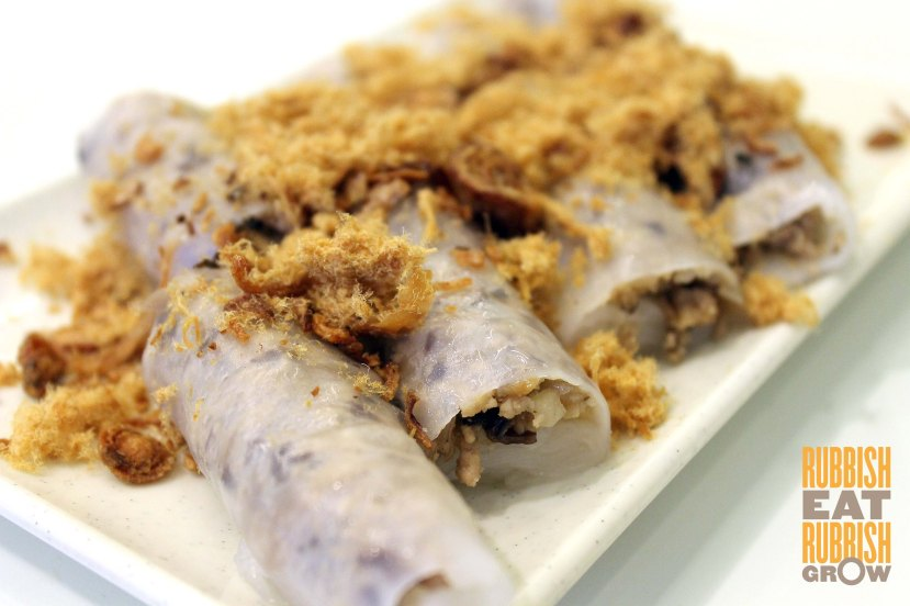minced pork and mushroom in rice paper rolls