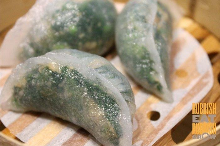 garlic, mushroom, spinach dumpling 金蒜香菇菠菜胶