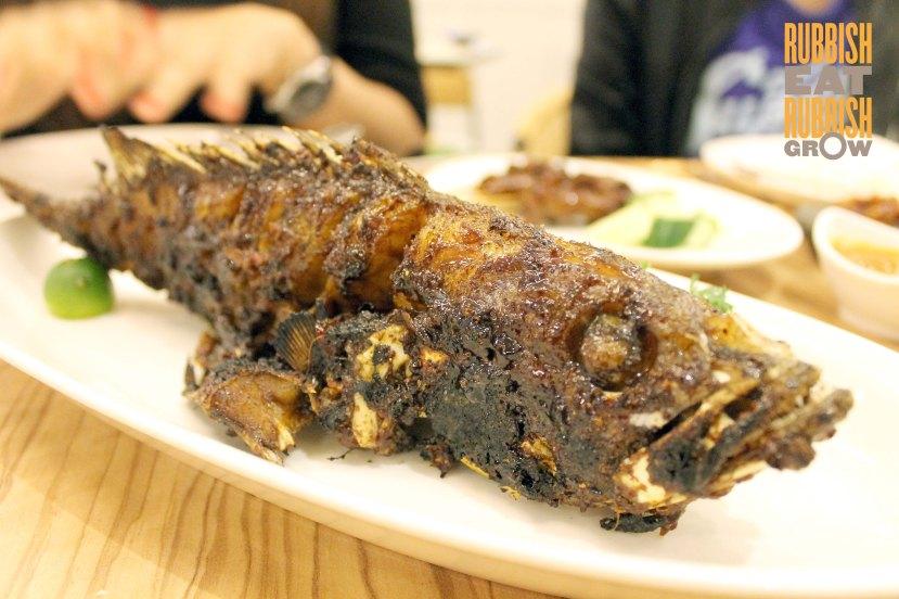 Lee's Charcoal Fish