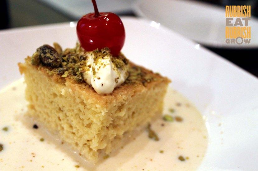 El Rocho - Tres Leche Cake