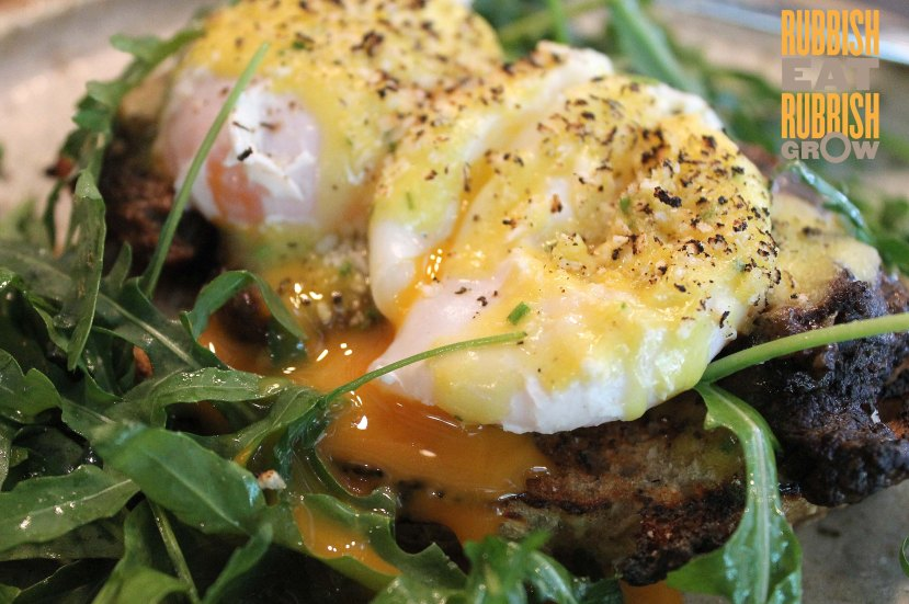 Common Man Cafe - Organic Eggs Benedict