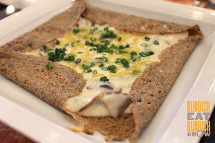 Taratata Bistrot - Ham-cheese-mushroom crepe