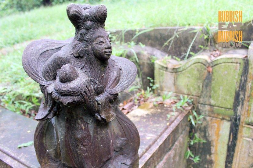 Bukit Brown Grave Art