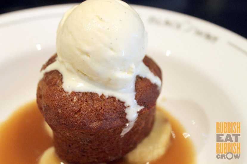 Black Swan SG - Date pudding