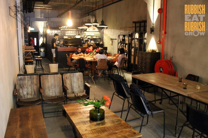 Ronin Cafe Hongkong st