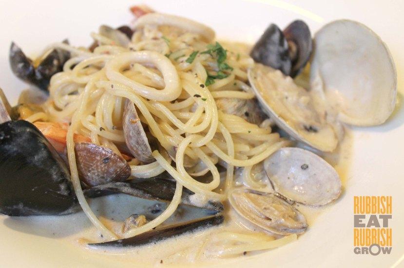 Jet Balconey - Seafood Pasta