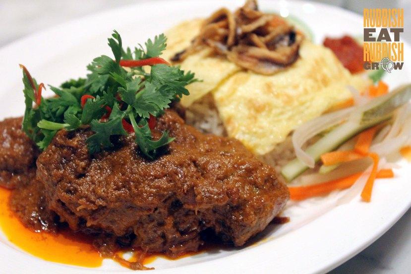 Ujong restaurant Madam Shen Tan