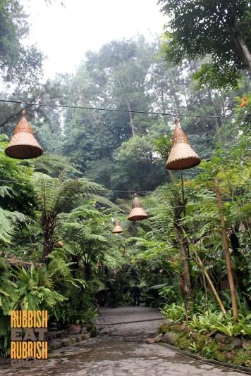 Kampung Daun Bandung Review