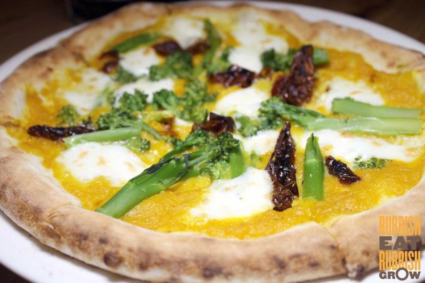 pizza fabbrica Bussorah Street review