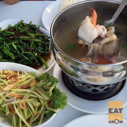 trunk by bay thai food punggol