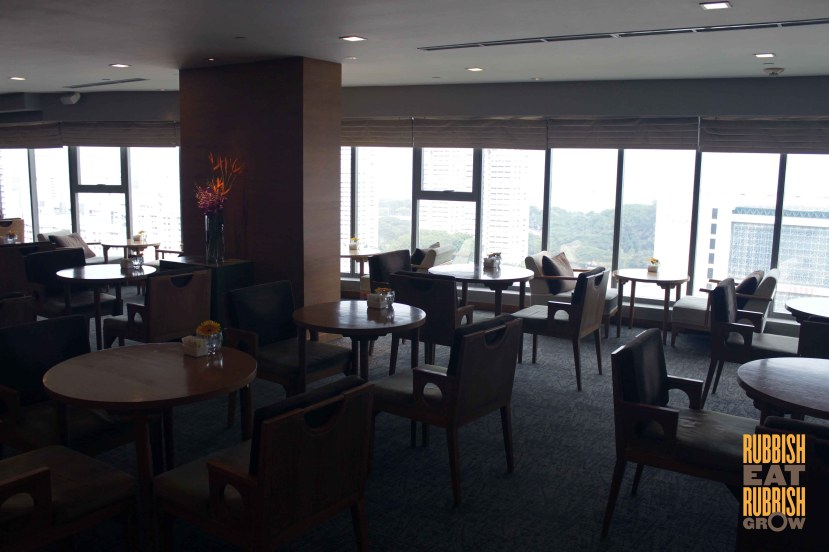 Grand Mercure Singapore Roxy club lounge