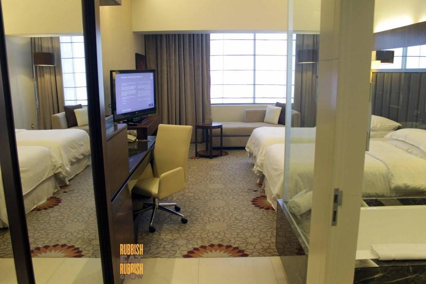 sheraton dubai mall of the emirates hotel review