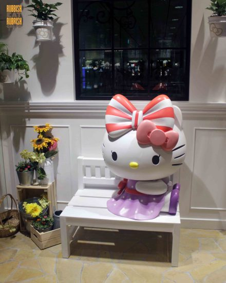 Hello Kitty Cafe, Changi Airport Terminal 3: World's First 24-Hour