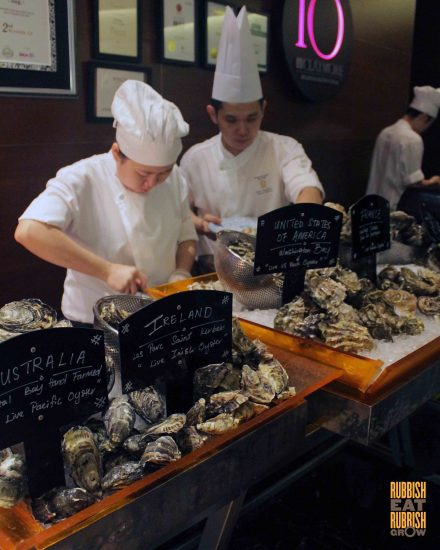10-at-claymore-oysters-promotion
