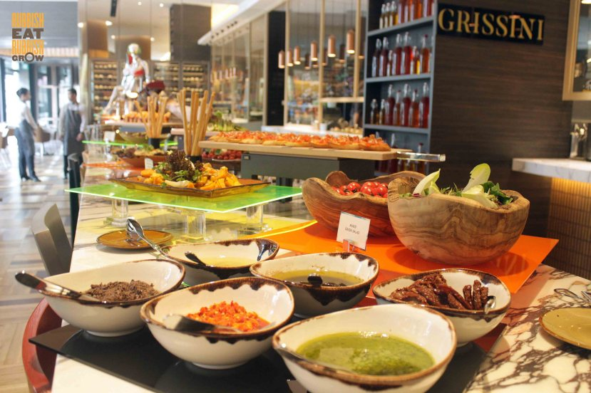 grand-copthorne-waterfront-hotel-buffet-price