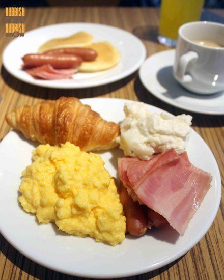 cafe-rendezvous-ibis-hotel-shinjuku