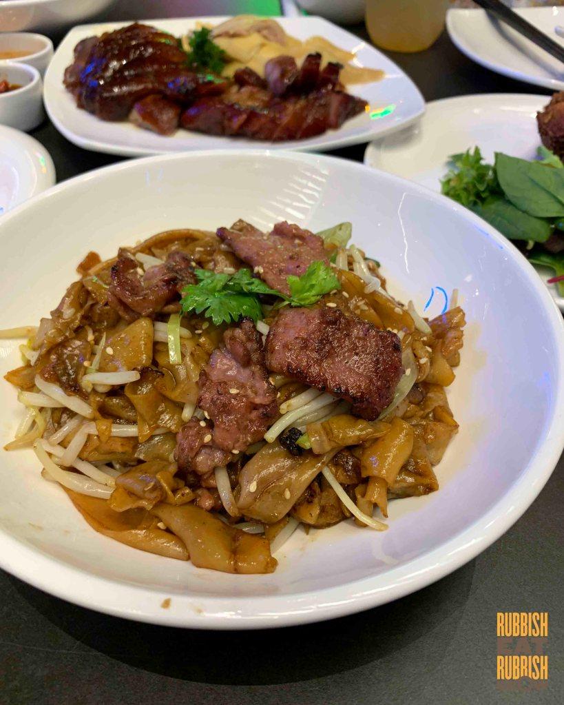 pi food - Stir-fried beef noodles